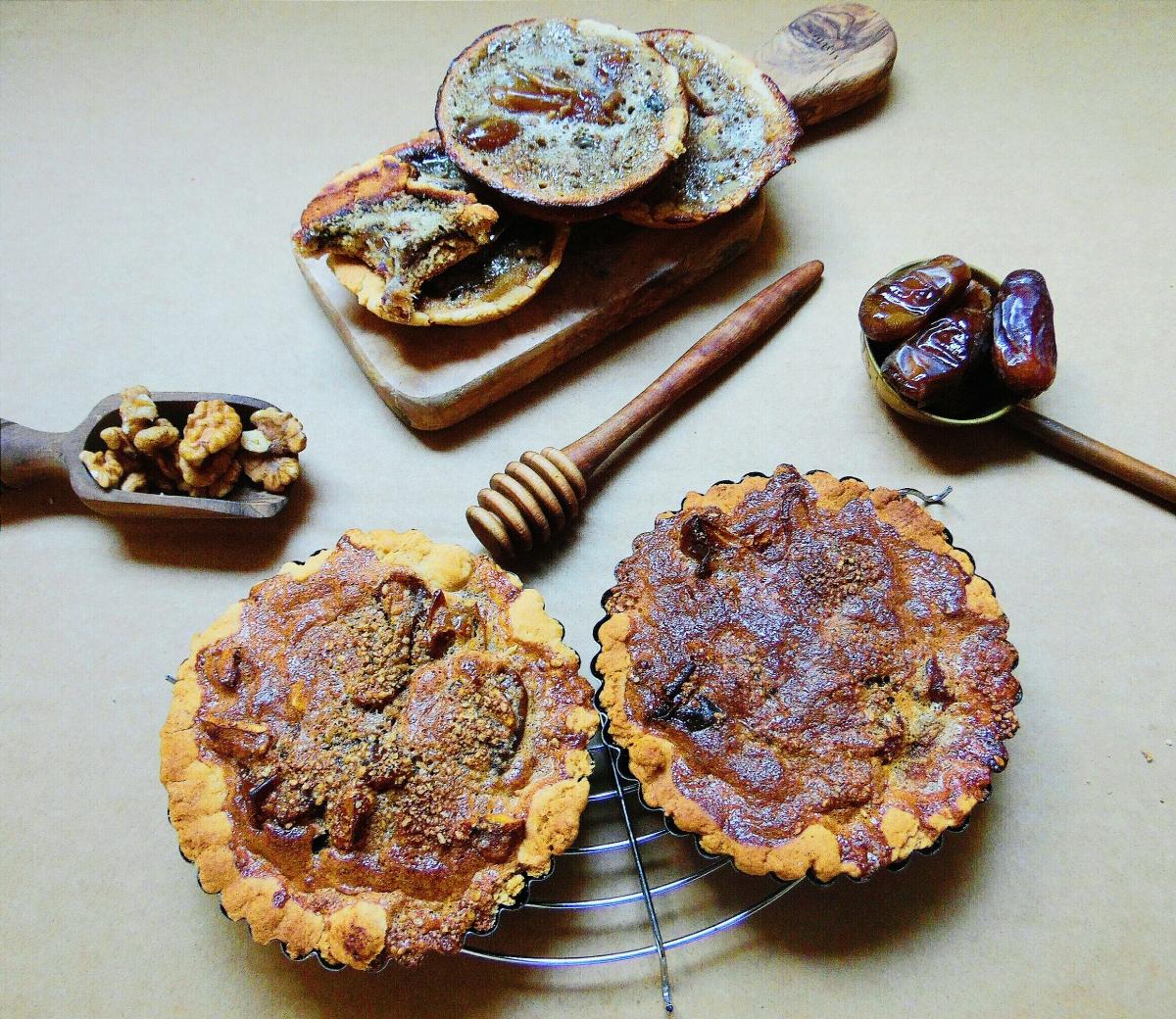 Tarte aux dattes et aux noix